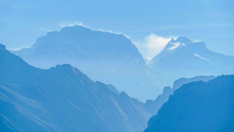 Nepal - Misty Himalayas royalty-vrije stock afbeeldingen
