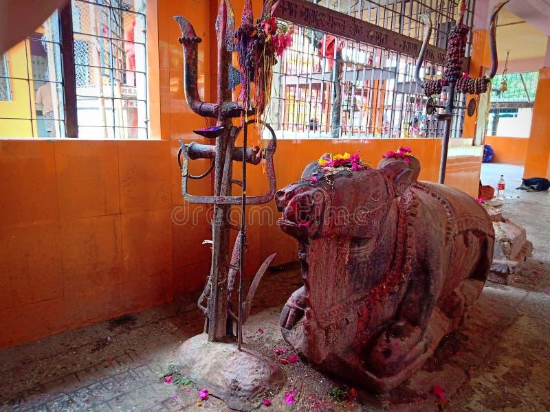 Nepal, Pindeswari hindu gud shiv-templet fotografering för bildbyråer
