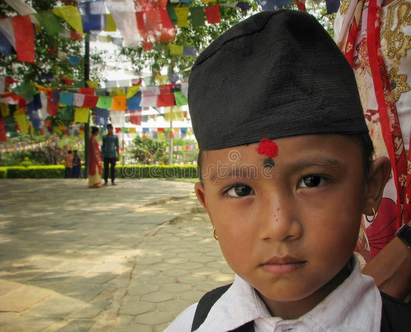 Nepal pojke royaltyfria bilder