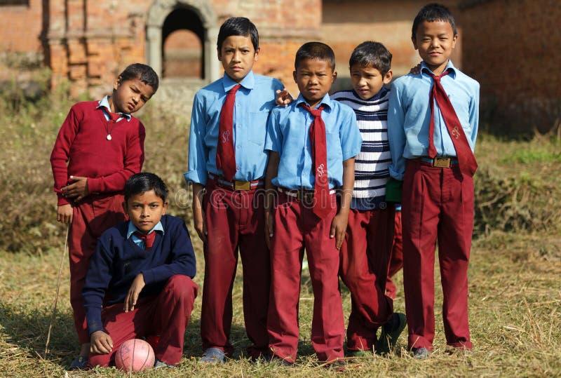 Nepalese scherzt Fußballteam lizenzfreie stockfotos