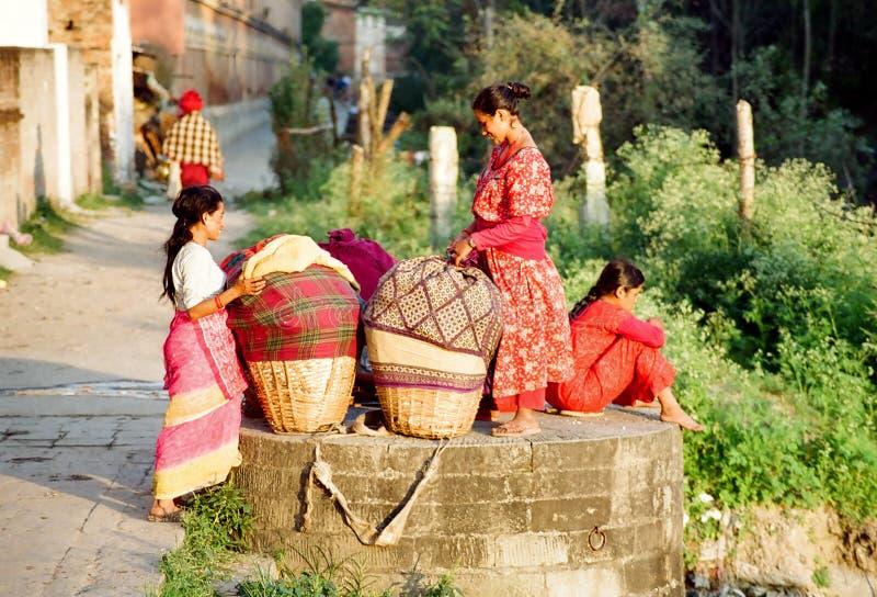 Nepalese werkende vrouwen royalty-vrije stock foto's