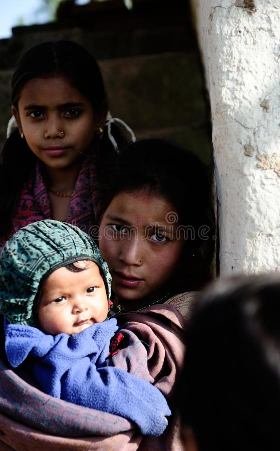 Nepali-Kinder stockbild