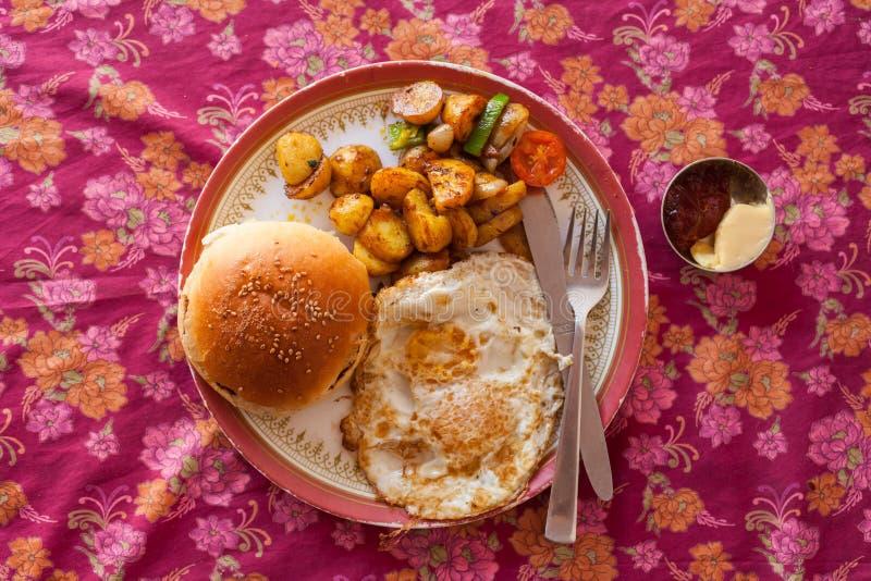 Nepalifrühstück lizenzfreie stockfotos