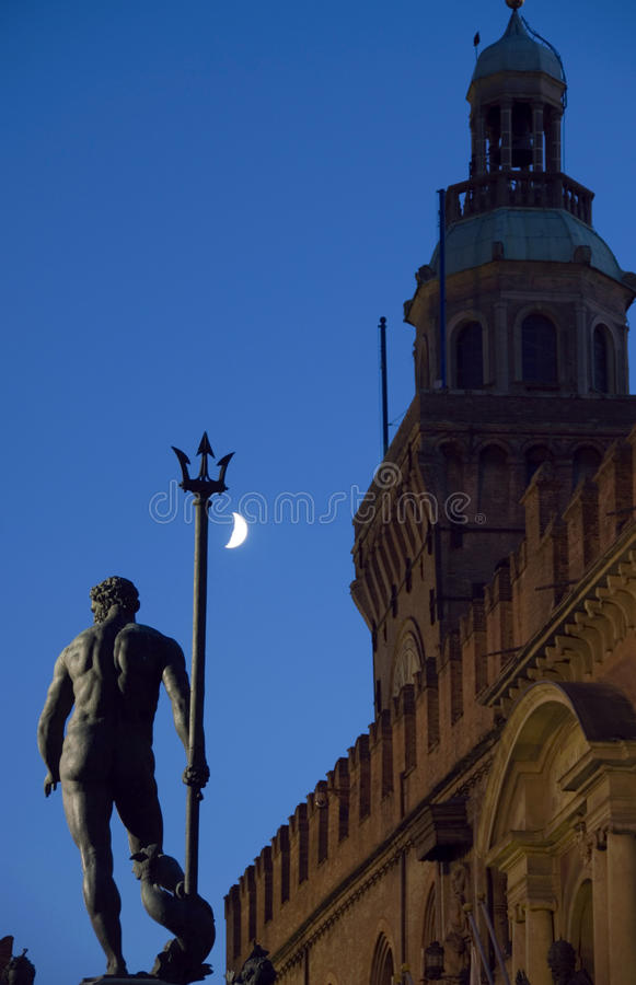 Download Neptune on the night stock photo. Image of statue, monument - 21658356
