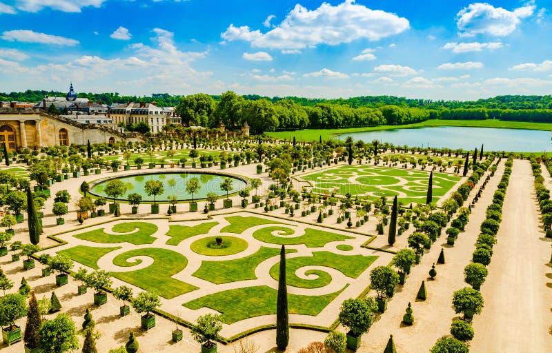 Ner París, Francia de los jardines del palacio de Versalles fotografía de archivo