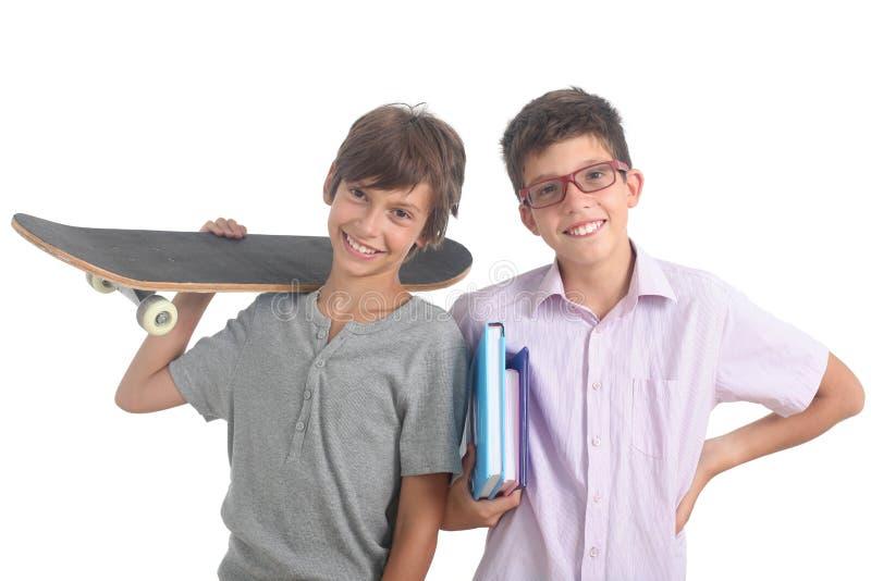 Nerd και σκέιτερ στοκ φωτογραφία με δικαίωμα ελεύθερης χρήσης