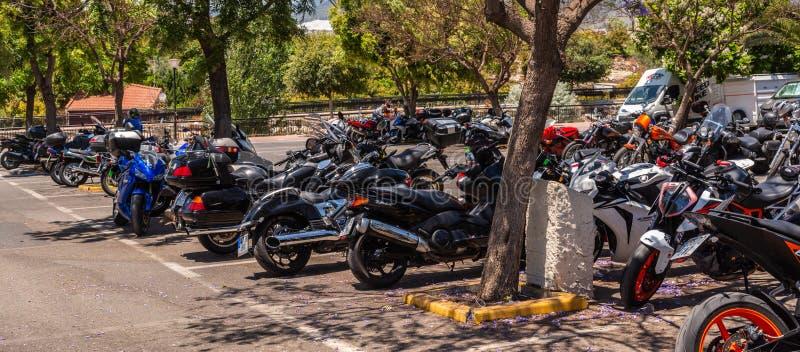 NERJA, ESPAGNE - 10 juin 2018 rassemblement de moto dans l'Anda célèbre image stock