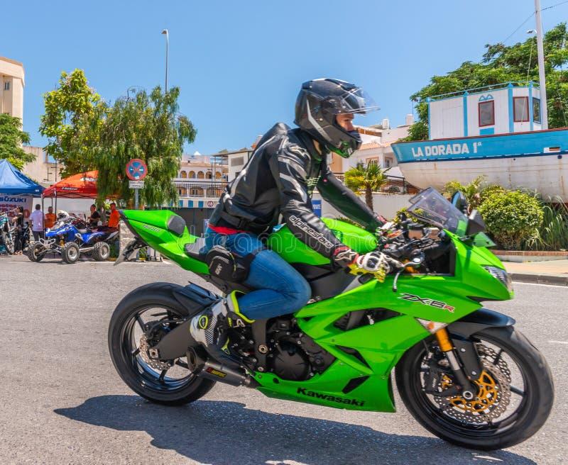 NERJA, ESPAGNE - 10 juin 2018 rassemblement de moto dans l'Anda célèbre photo stock