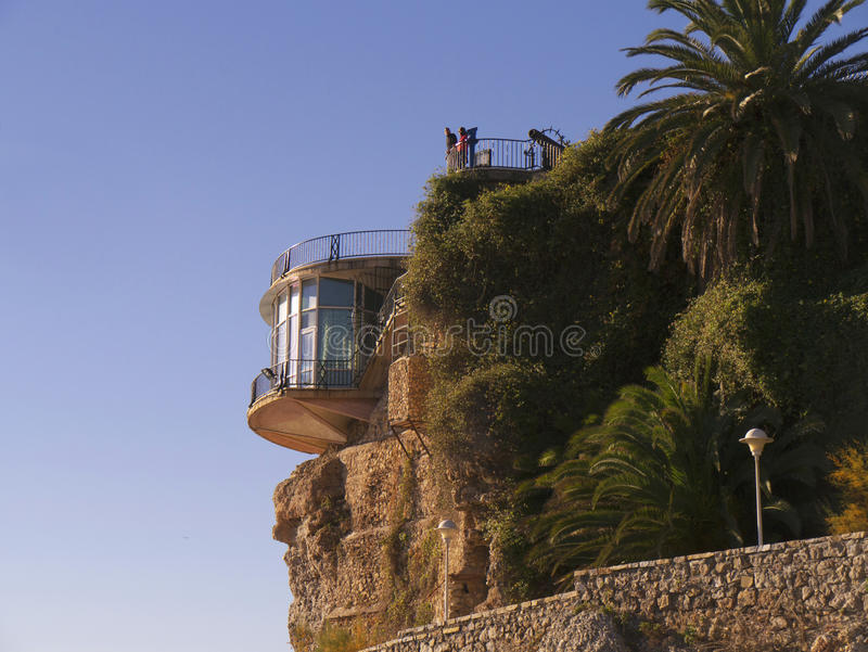 Nerja na extremidade oriental de Costa del Sol na Espanha imagens de stock