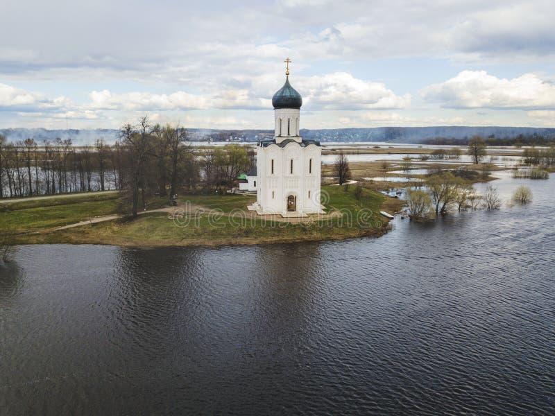 nerl intercession церков Россия Земля вида с воздуха стоковые фотографии rf