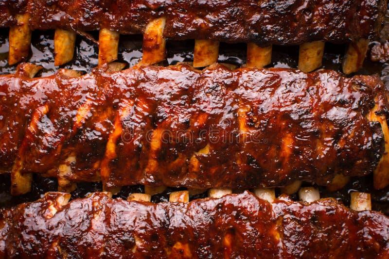 Nervures de porc disponibles épicées grillées photographie stock