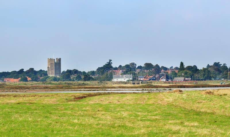 Ness inglês de Orford da vila no Suffolk fotos de stock