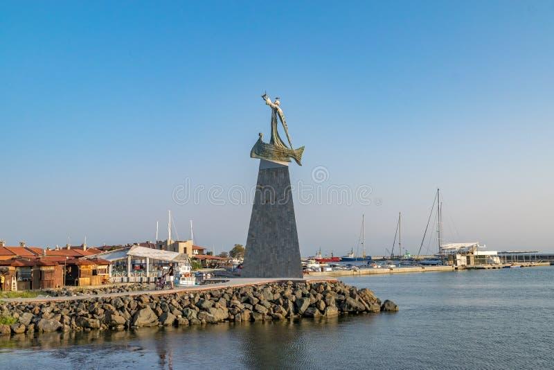Nessebar, Bulgaria - 2 settembre 2018: Statua di San Nicola nella città antica di Nesebar Nessebar o Nesebr è un mondo dell'Unesc fotografia stock