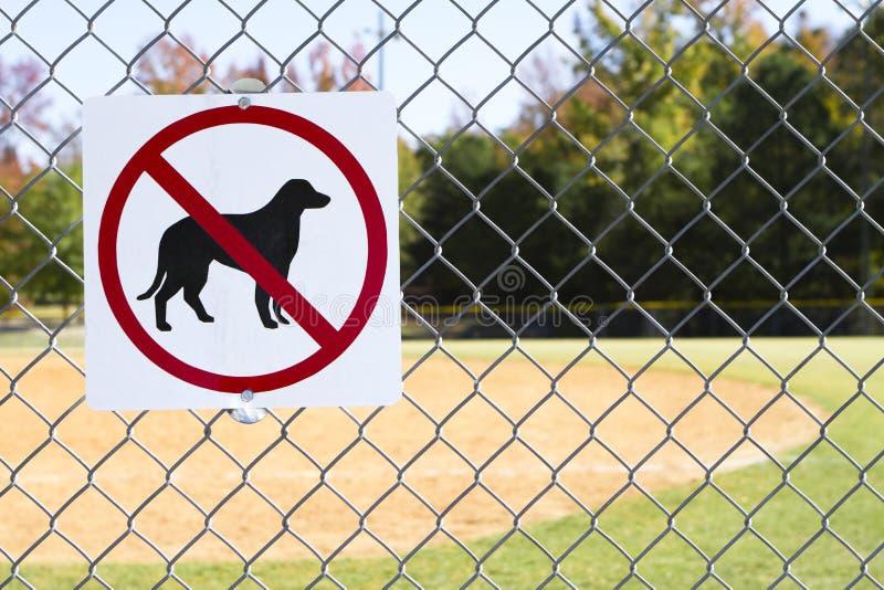 Nessun cani conceduti segno interno fotografia stock libera da diritti