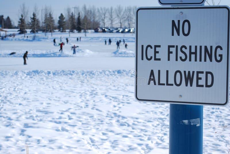 Nessuna pesca del ghiaccio permessa fotografie stock libere da diritti