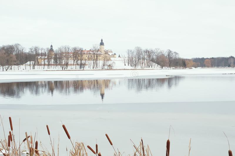 Nesvizh kasztel w zimie, Białoruś zdjęcie royalty free