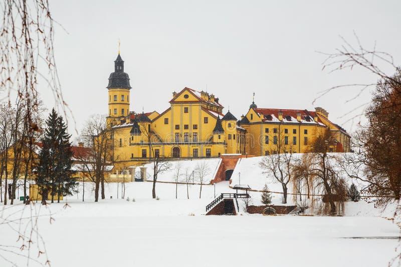Nesvizh slott Vinter arkivbilder