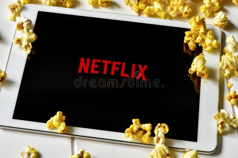 Netflix in een tabletcomputer royalty-vrije stock afbeelding