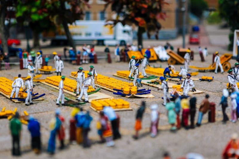 netherlands Antro Haag Holanda sul Parque diminuto Madurodam Em julho de 2016 Miniatura do mercado do queijo, Alkmaar Foco seleti imagens de stock royalty free