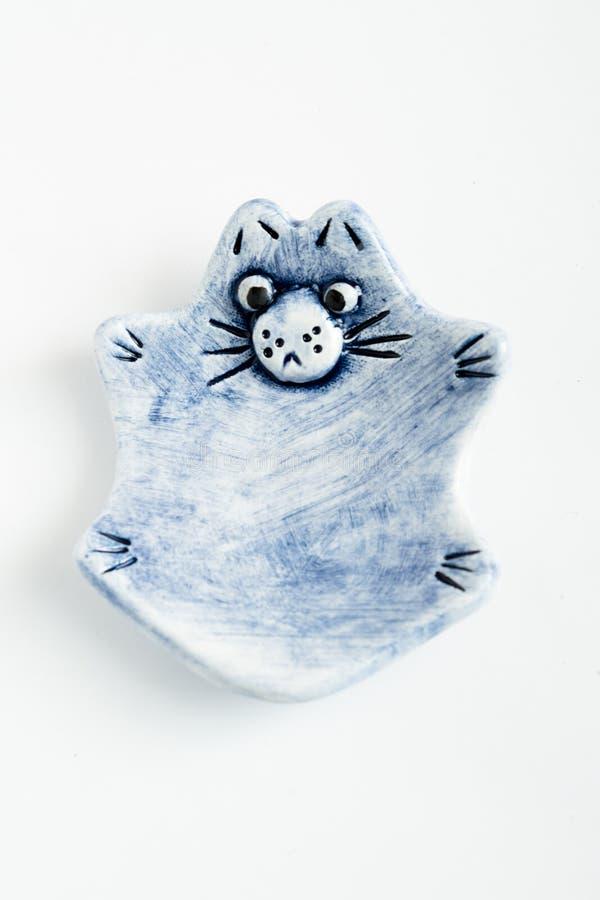 Nette bunte keramische Cat Ashtrays stockfoto