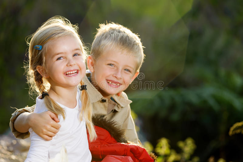 Nette Kinder lizenzfreie stockfotos