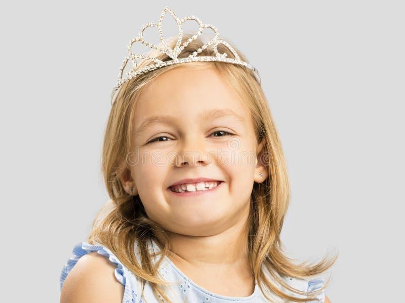 Nette kleine Prinzessin lizenzfreie stockfotografie