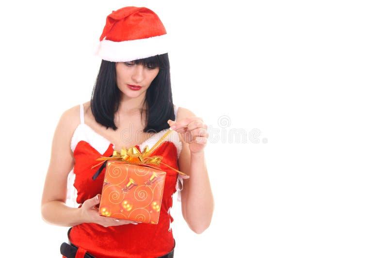 Nette Schneemaid mit Geschenk stockfoto