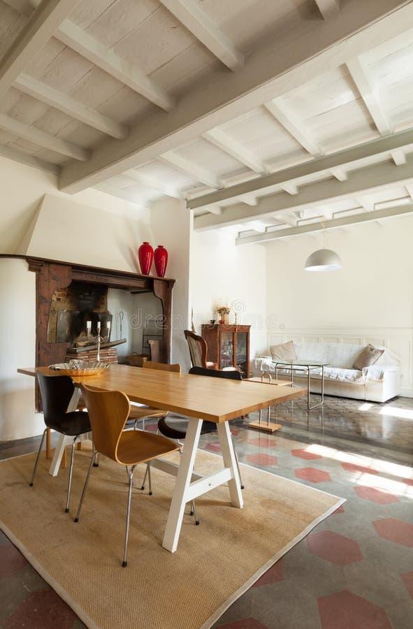 netter dachboden wohnzimmer stockbild bild von haupt liegesofa 39659471. Black Bedroom Furniture Sets. Home Design Ideas