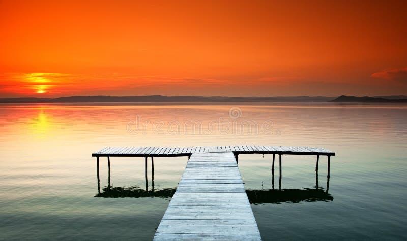 Netter Sonnenuntergang stockfoto