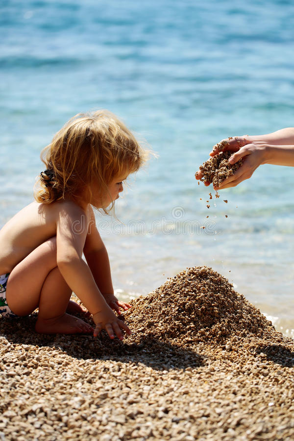 Nettes Babykind lizenzfreies stockfoto