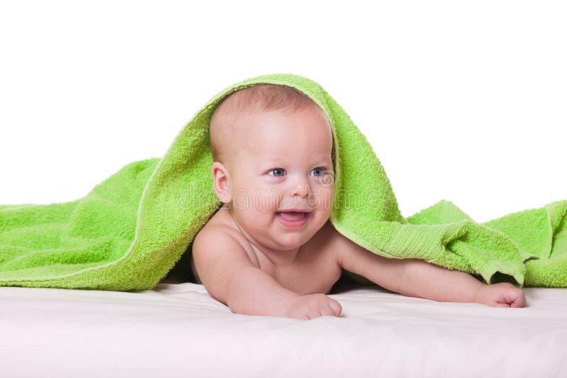 Nettes glückliches Baby im Tuch stockfotos