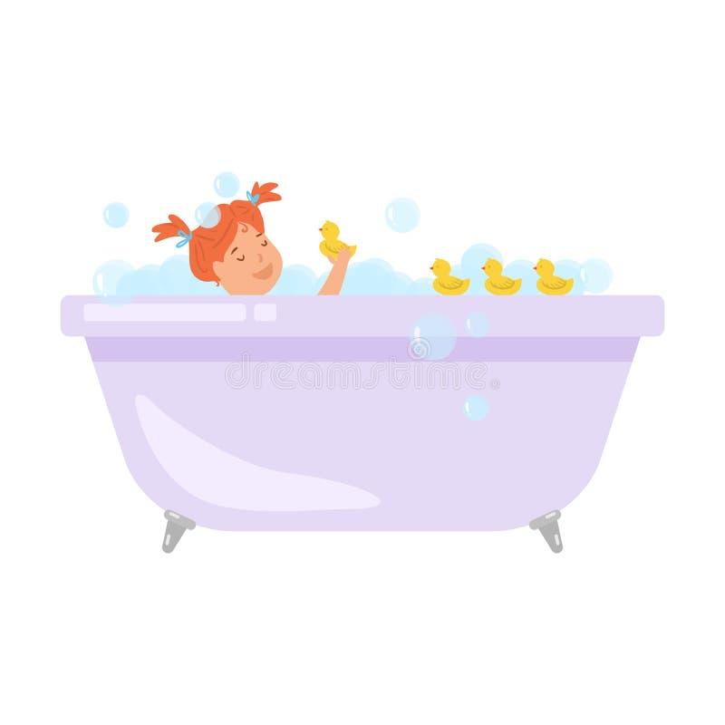 Nettes rotes Haarmädchen soll ein Bad mit gelben Enten nehmen lizenzfreie abbildung