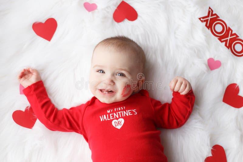 Nettes Valentinstagbaby stockbilder