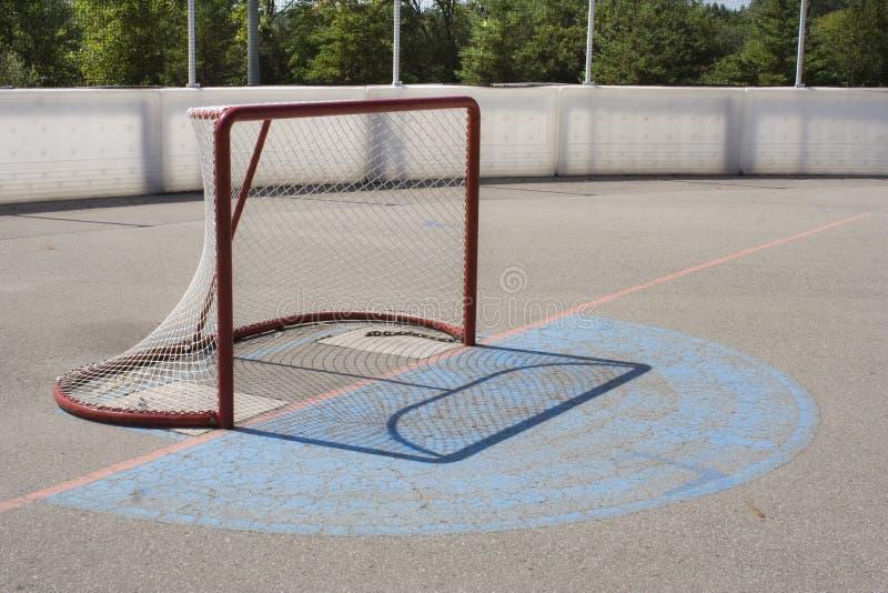 Download Netto Het Hockey Van De Rol Stock Foto - Afbeelding bestaande uit concreet, piste: 10779674