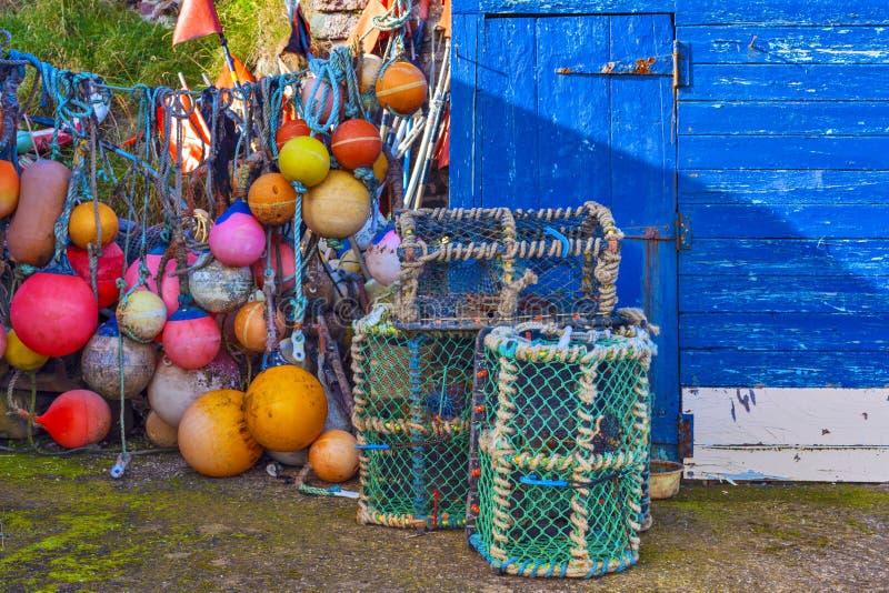 Netto skaldjurfällor för ingrepp på havsport arkivbild