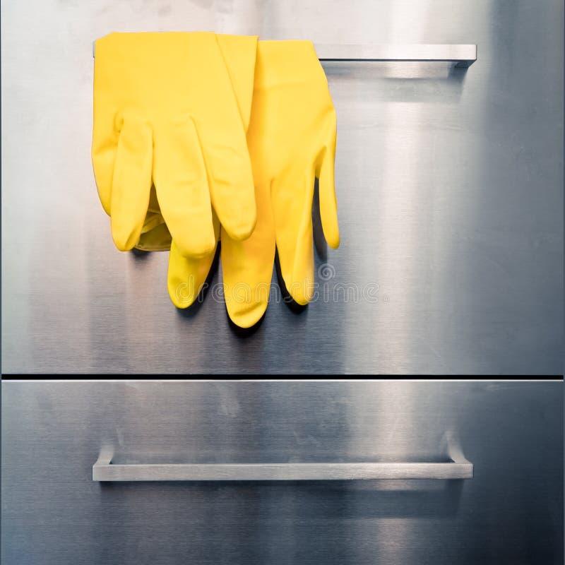 Nettoyage de cuisine image libre de droits