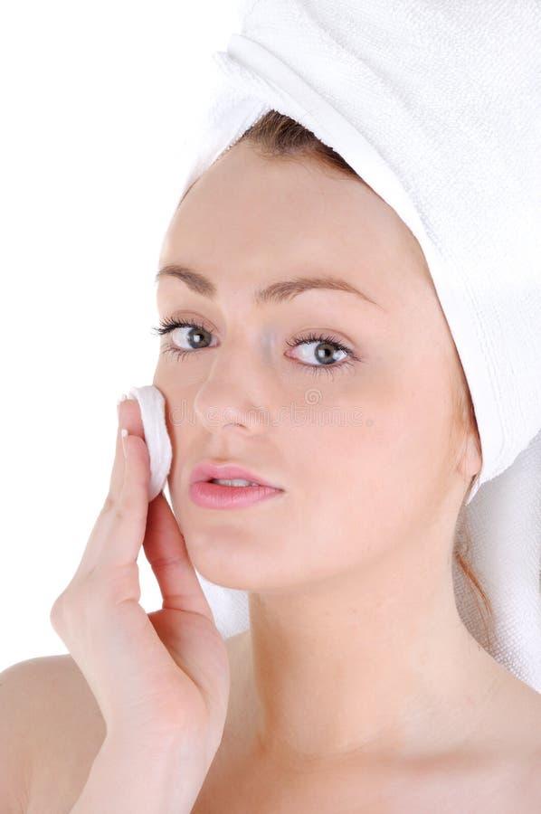 Nettoyage de peau de visage photographie stock libre de droits