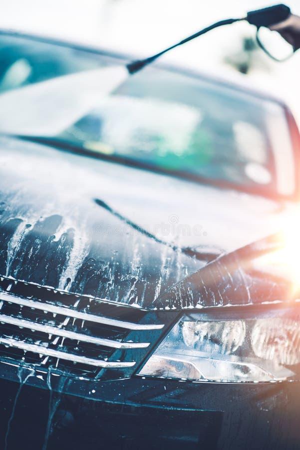 Nettoyage de voiture de ressort photo libre de droits