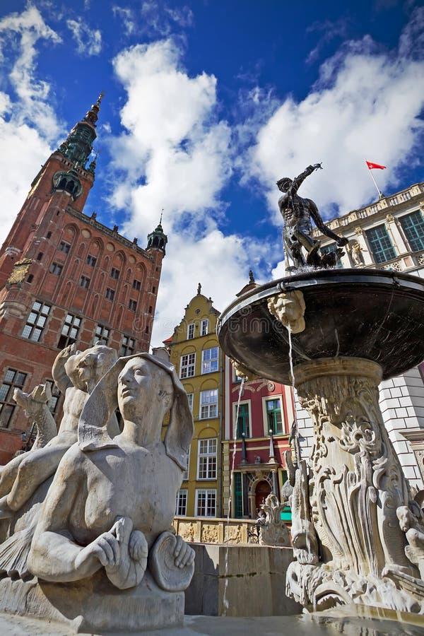 Netuno na cidade velha de Gdansk imagens de stock royalty free