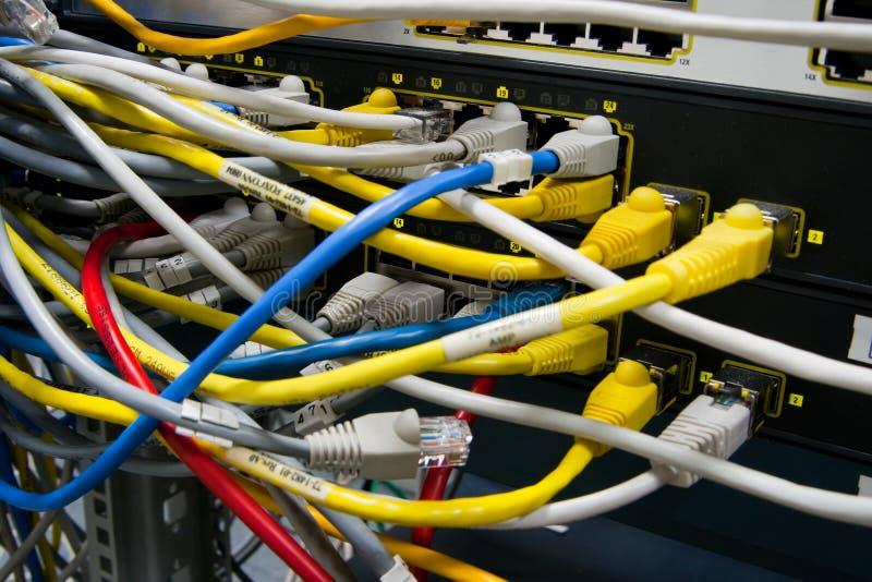Netzwerkschalter stockbilder