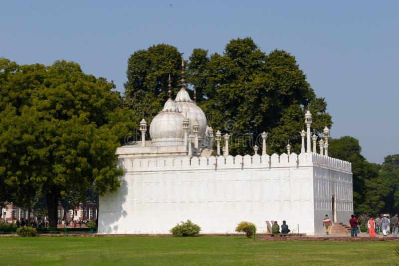 Neu-Delhi, Indien - Februar 2019 Moti Masjid im roten Fort, Neu-Delhi, Indien Wissen Sie auch als Perlen-Moschee, es liegt westli lizenzfreie stockfotos