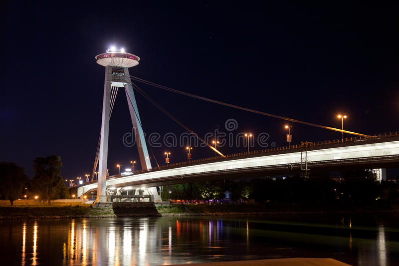 Neue Brücke in Bratislava stockfoto