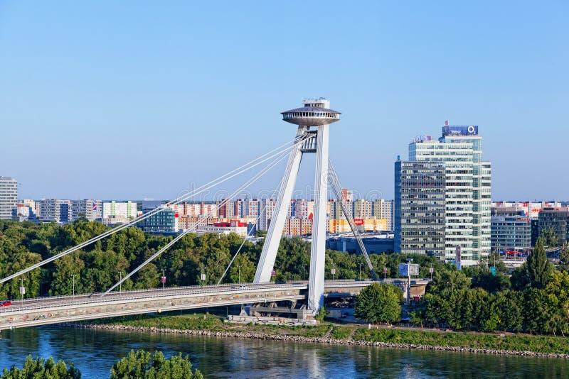 Neue Brücke, Bratislava, Slowakei stockbilder
