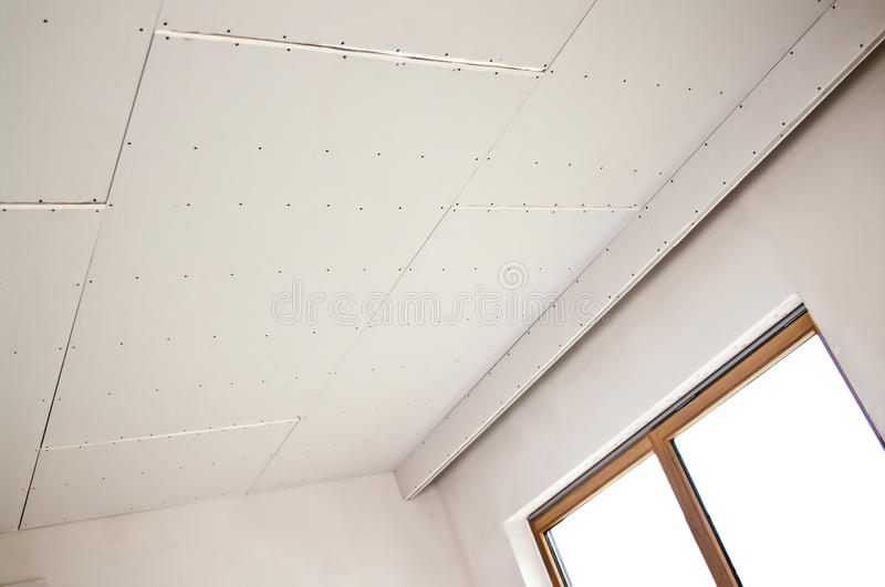 Neue Deckeninstallation stockfotografie