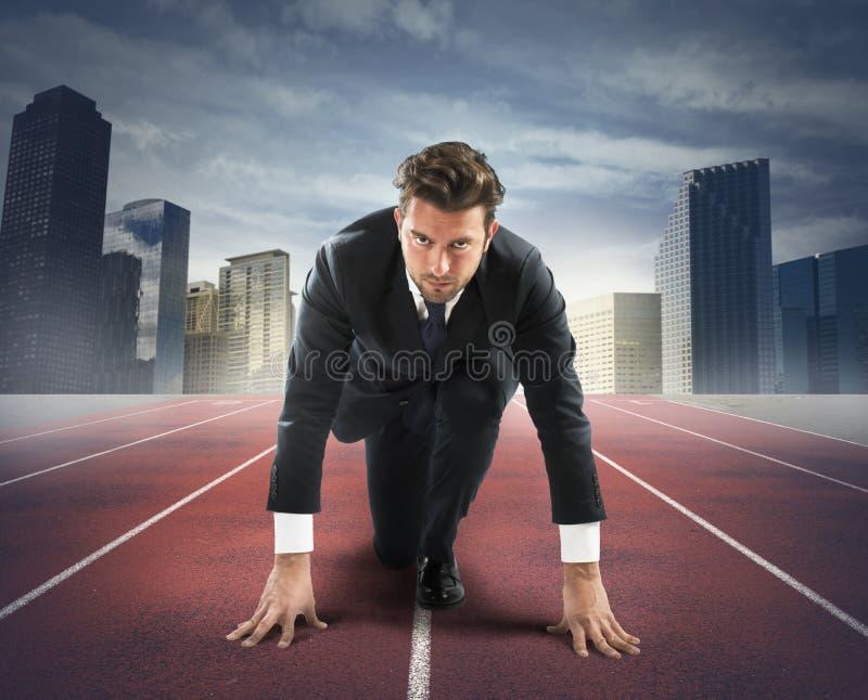 Neue Herausforderung des Geschäftsmannes lizenzfreies stockfoto