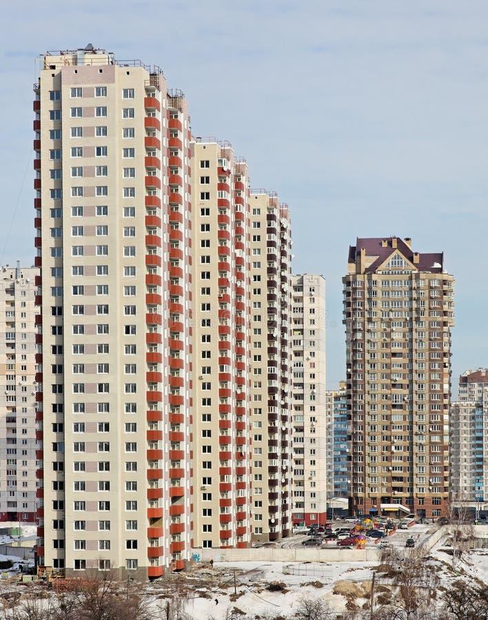 Neue hohe moderne Gebäude stockfoto