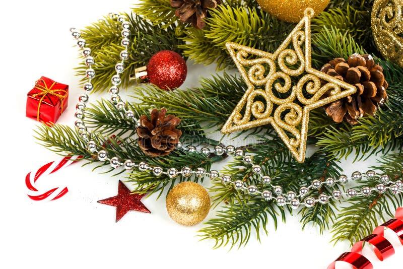 Download Neue Ideen, Das Haus Zu Verzieren Dieses Weihnachten Hintergrund  Beleuchtete Girlande Der Farbigen Glühlampen