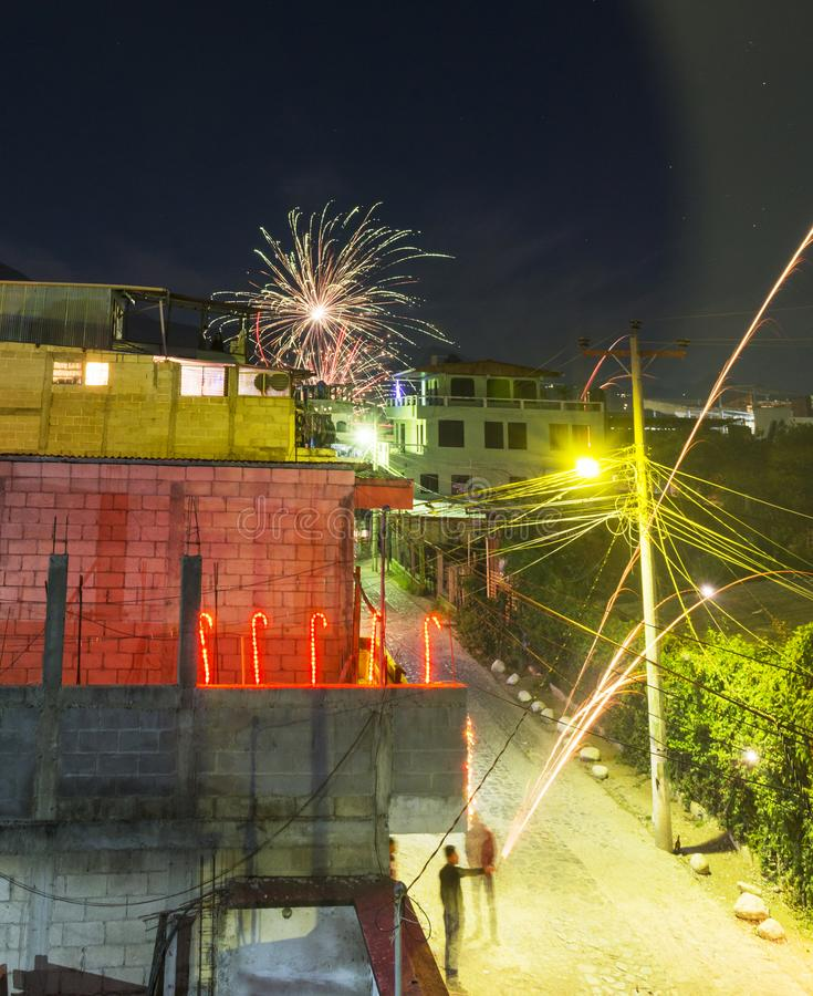 Neue Jahre Eve Celebrations In Panajachel Guatemala lizenzfreie stockfotografie