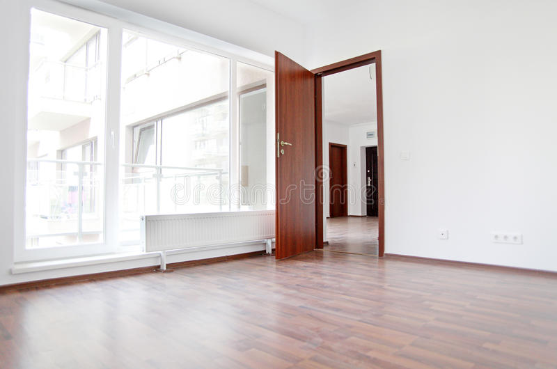 Neue leere Wohnung lizenzfreies stockbild