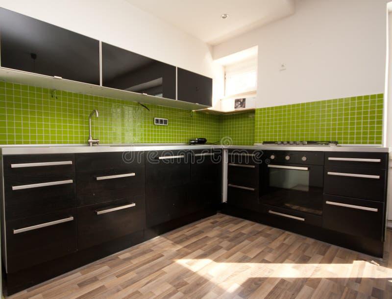 Neue moderne Küche lizenzfreie stockfotos
